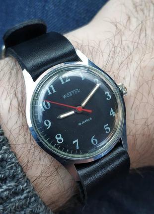 Годинник восток , механические часы , механічний годинник.