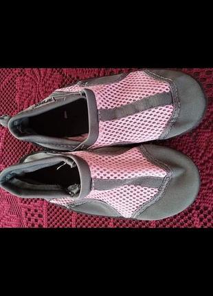 Обувь для воды и кораллов