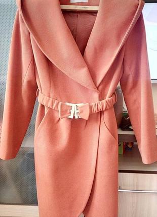 Пальто на подкладке s. cotti