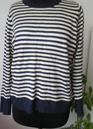 Нежный полосатый свитерок от marks&spenser