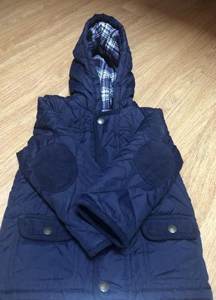 Куртка весенне-осенняя стеганная на подкладке