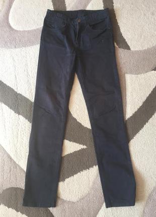 Джинсы в подарок при покупки двух джинсов