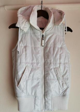 Безрукавка жилет белая куртка