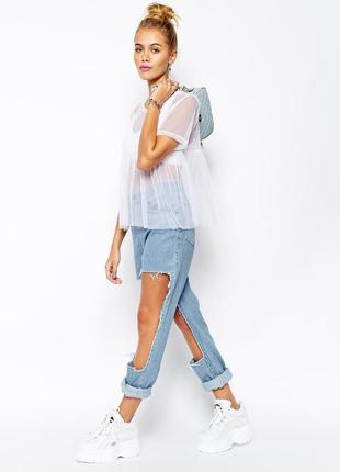 Оригинальные голубые/рваные джинсы/бойки/бойфренды с объёмными дырками на коленках h&m.