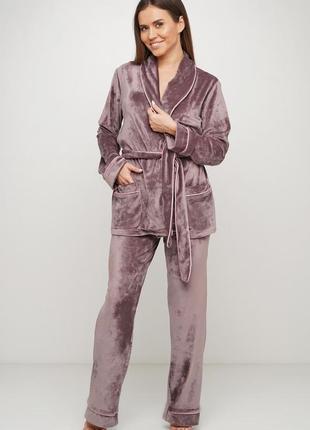 Велюровый костюм для дома. костюм новый пижама штаны и пиджак с поясом. м-л