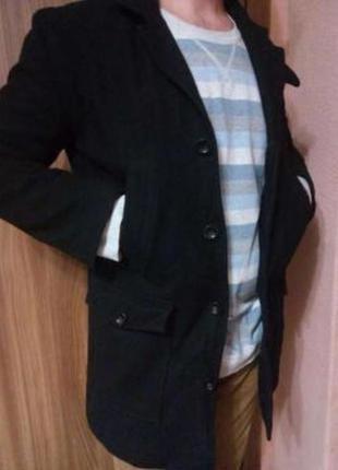 Стильное демисезонное шерстяное пальто m-l