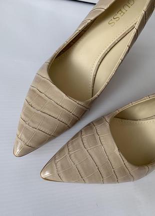 Кожаные туфли guess
