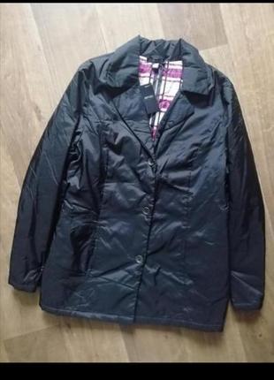 Классная лёгкая куртка, курточка, ветровка, пиджак