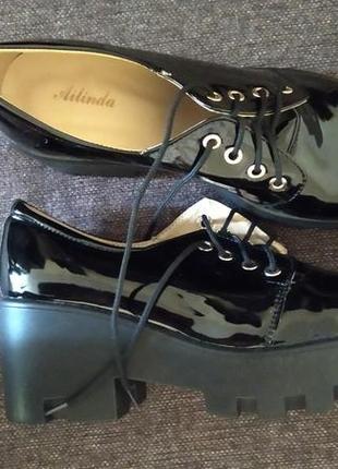 Туфли на 36.5-37 р новые