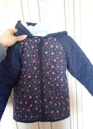 Куртка в квіточку для дівчинки