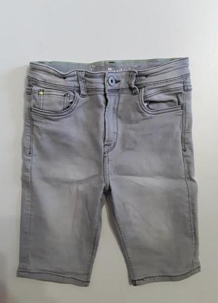 Фирменные стрейчевые шорты 10-11 лет