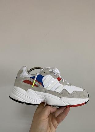 Кросівки adidas yung-96