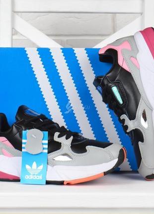 Кроссовки женские кожаные adidas falcon адидас фалькон серые c черным и розовым
