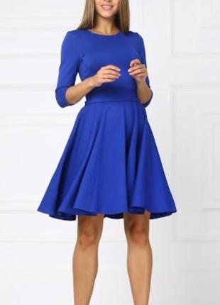Новое платье с пышной юбкой размер м