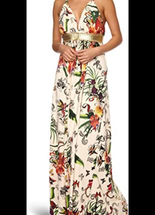 Очаровательное платье с экзотическим принтом