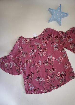 Легенькая блузка