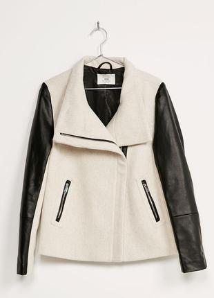 Демисезонное пальто от bershka pp.xs