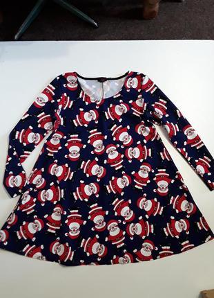 Фирменное новогоднее платье