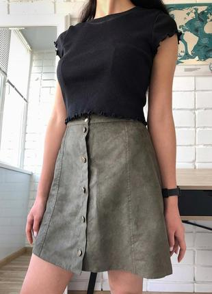 Замшевая юбка трапеция на пуговицах цвета хаки большого размера