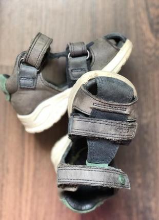 Босоножки сандали с закрытым носком ecco оригинал для мальчика 19р.