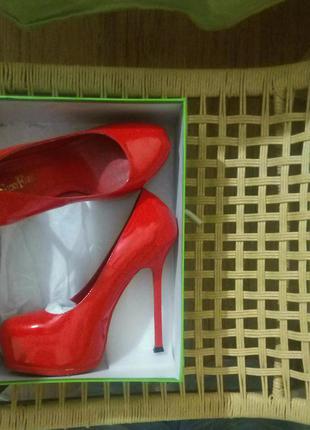 Красные туфли sexyfairy