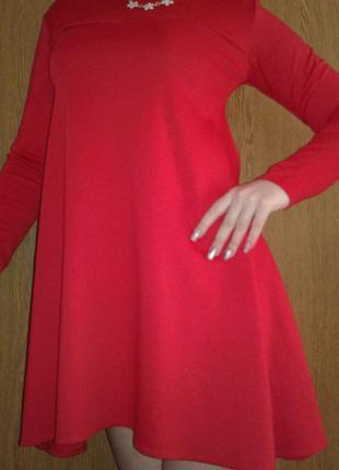 Простое и в тоже время красивое платье-балахон