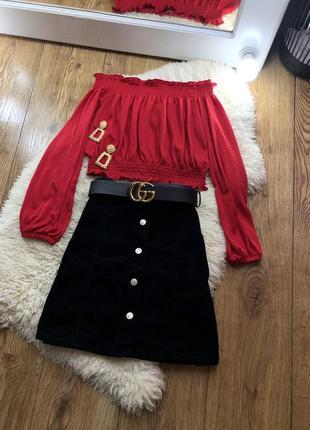 Червона блуза h&m з откритими плечами