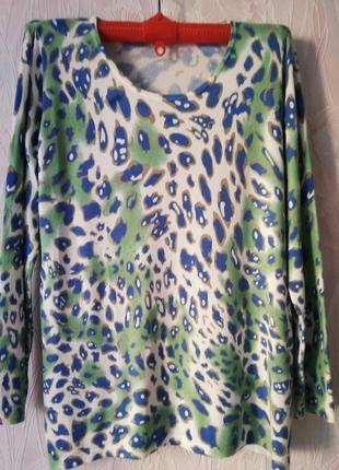 Оригинальный свитерок с леопардовым принтом большого размера