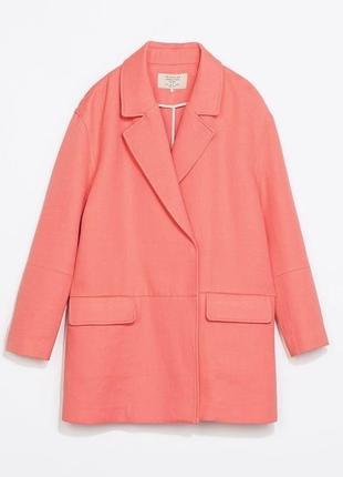В наличии - жакет-пальто в лососевом оттенке *zara trafaluc* р. s