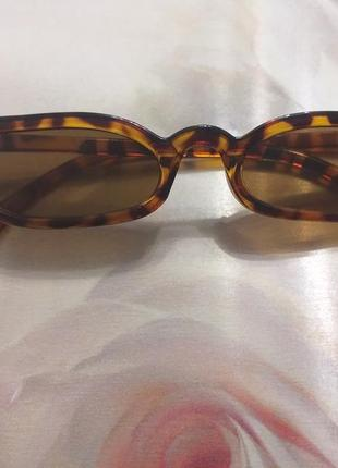 Леопардовые солнцезащитные узкие ретро очки
