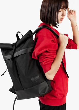Черный прочный рюкзак для города