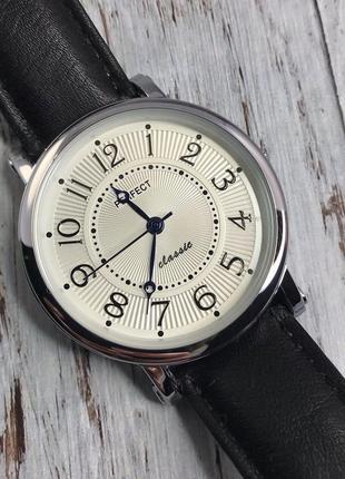 Наручний годинник perfect