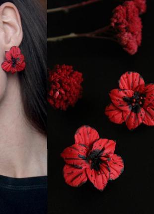 """Красные серьги с цветами ручной работы """"красные гладиолусы"""""""