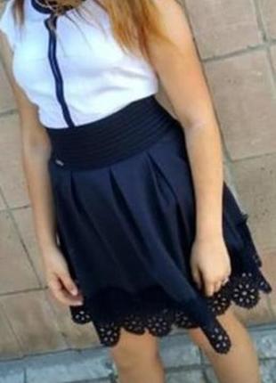 Школьная юбка с завышенной талией