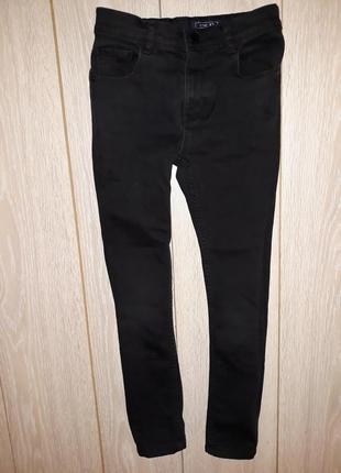 Чёрные джинсы-скины next на 9 лет 2017г