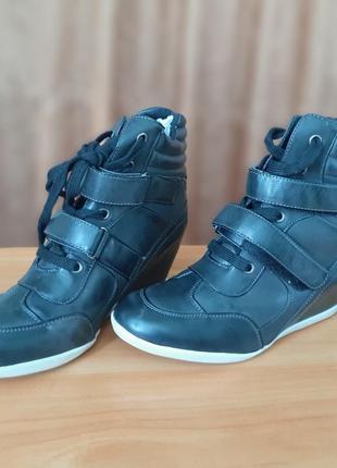 Новые демисезонные ботинки сникерсы 38 - 38, 5