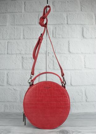 Круглая сумочка через плечо david jones 6145-2 красная с тиснением под крокодила