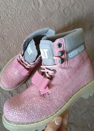 Новые кожаные ботинки caterpillar бант съёмный розовые