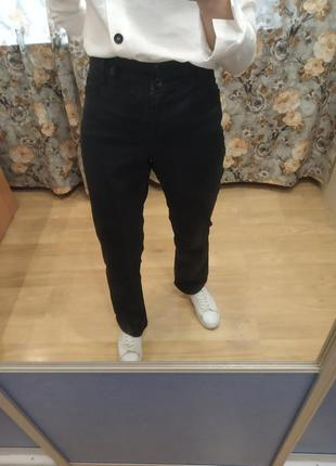 Черные базовые прямие джинсы брюки l.