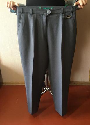 Серенькие весенние брюки штаны узкие женские стильные canda р 48(50)