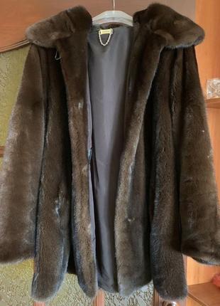 Продам шикарную норковую шубу marco varni, номерная из меха nafa mink