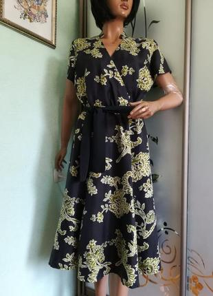 Натуральное шелковое платье от east