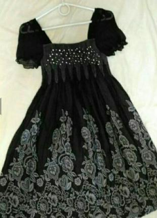 Воздушное, лёгкое, летнее платье-балон чёрного цвета с цветочным принтом, р.m