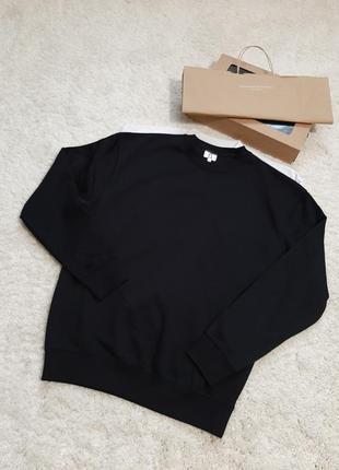 Новенький свитшот,свитер,унисекс
