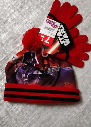 """Шапка на флисе с перчатками """"star wars""""   disney на мальчика размер 52-54"""