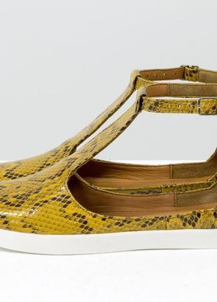 Эксклюзивные  кожаные туфли на плоской подошве