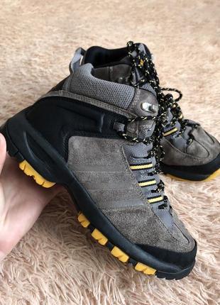 Фирменные ботинки adidas оригинал