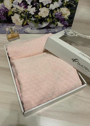 Набір полотенець в подарунковій коробці