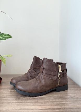 Шоколадні ботінки/ черевики/ боти.1 фото