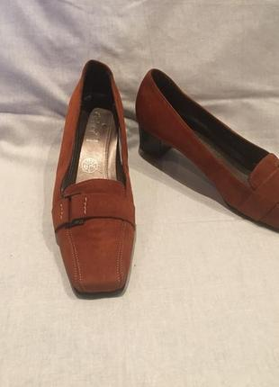 Туфли * gabor* кожа португалия р.39 (26.00)